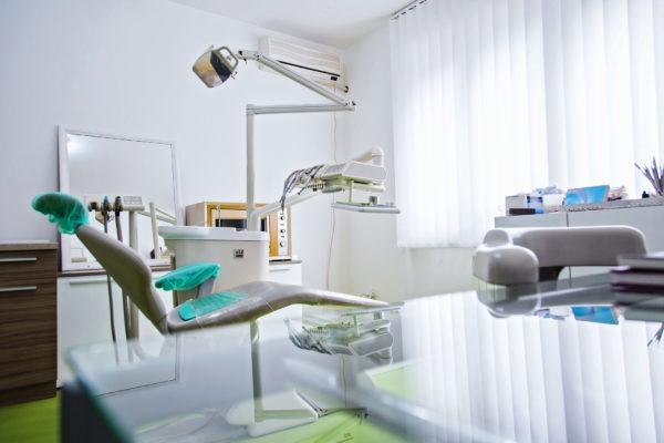 L'équipement médical d'un cabinet de dentiste n'est pas uniquement réservé à l'achat.